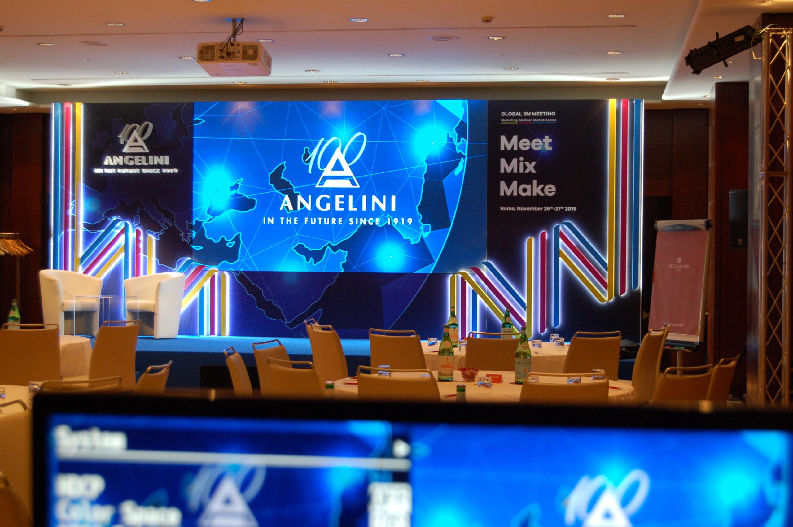 https://www.fareservizitecnici.it/wp-content/uploads/2020/02/Angelini-evento-scaled.jpg
